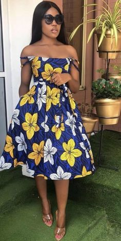 Contemporary Ankara Styles For African Ladies. Hello Ladies Is an Amazing month and we bring you some beautiful designs to start your month,Ladies here are 2020 Contemporary Ankara Styles For African Ladies To Rock. Short African Dresses, Latest African Fashion Dresses, African Print Fashion, Africa Fashion, African Dress Styles, African Clothes, Look Fashion, Fashion Models, Fashion 2020