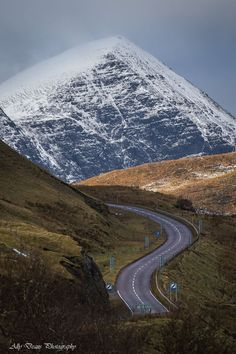 Assynt roadway in NW Scotland
