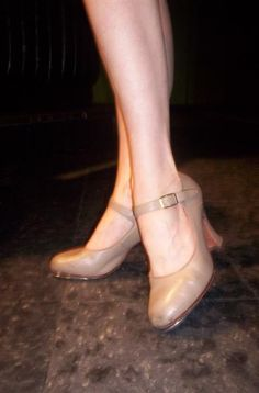 On my bucket list: Learn to tap dance (mostly for an excuse to buy these cutie-patootie shoes)!