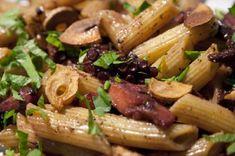 makaroni me xtapodi Penne, Fish Dishes, Pasta Salad, Poultry, Potato Salad, Nom Nom, Seafood, Homemade, Meat