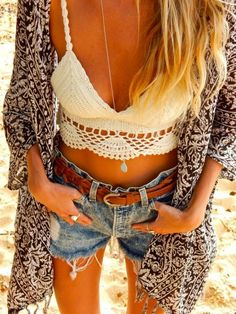 Denim | Long Aqua Necklace by kvbijou | Crochet top | kimono | Salty Blonde