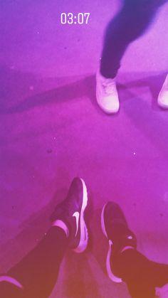 MOOD: Party   pinterest: Adelline  #partylife #night #nike #vans