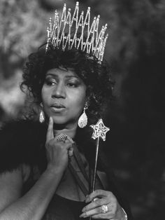 - wish she was my fairy godmother. Aretha Franklin, by Bruce Weber for Vogue USaretha - wish she was my fairy godmother. Aretha Franklin, by Bruce Weber for Vogue US Bruce Weber, Music Icon, Soul Music, Indie Music, Pop Rock, Rock And Roll, Dance Musik, Aretha Franklin Songs, The Ventures