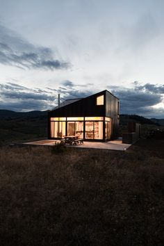 The Prefabricated Cabin by Jesse Garlick_1