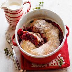 Gezogener Kirschstrudel Fabulous Foods, Bon Appetit, Hummus, Baking Recipes, Sausage, Oatmeal, Sweets, Meat, Cooking