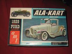 AMT Model 2129-200 BOX ART Box for 1929  MODEL A Ford Roadster ALA-KART #AMT #Roadster Ford Roadster, Hobby Kits, Ford Models, Box Art