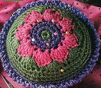 FREE pincushion pattern, delicious! Love it, thanking you ever so xox