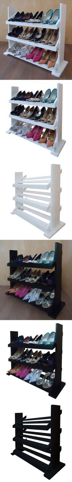 Sapateira para Closets e Quartos. Ficou ainda mais fácil Organizar Sandálias, Sapatilhas, Chinelos e Sapatos, de forma Autêntica e Irreverente! Móvel prático para ser usado em Quartos e Closets. Material: MDF Laqueado. Acabamento:  Laqueado. Capacidade: 12 pares de sapatos distribuídos. Altura: 68 cm; Largura: 78 cm; Profundidade:  30 cm.