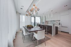 77 Charles St West Suite 1402 Yorkville Luxury 2 Bedroom Condo With 1624 Square Foot Terrace Toronto For Lease Yorkville Toronto, Bedroom Corner, Hardwood Floors, Flooring, Luxury Condo, Corner Unit, Floor To Ceiling Windows, Built In Storage, Terrace