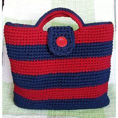 Bolsa Carmem, em fio de malha. #bolsa #FioDeMalha #malha #crochê #crochet #artesanato #ArtesanatoPraUsar