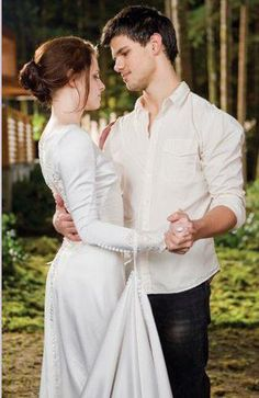 Breaking Dawn part 1 Jacob and Bella dance