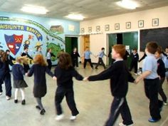 """Les Saluts"" - a Folk Dance from Canada (Senior Infants & 1st)"