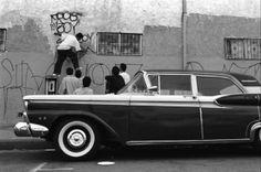 LOS ANGELES GANG GRAFFITI IN ROBERT YAGER'S PHOTOGRAPHY