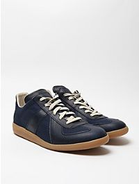 f2da736274e1 Maison Martin Margiela 22 Men s Brushed Effect Replica Sneaker in navy blue  at oki-ni