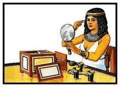 la mujer de egipto es muy vanidosa y muy cuidadosa con su aspecto personal, se fija en cada detalle.