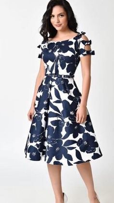 White & Navy Floral Bow Sleeve Selma by Unique Vintage Vintage Outfits, Vintage Dresses Online, Vintage 1950s Dresses, Vintage Inspired Dresses, Retro Dress, Vintage Fashion, 1950s Fashion, Fashion 2018, Victorian Fashion