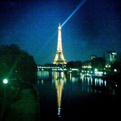 #standwithparis #parisjetaime #ParisCityOfLights #ParisIsAboutLife #JeSuisParis #WeAreOne #notaffraid #FluctuatNecMergitur #dontpraythink #Paris #Paris #Paris !