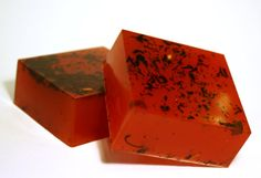 Cocoa con Lychee soap - Lychee red tea scented with chocolate berry tea leaves. Yum!