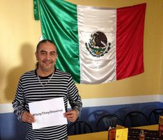 #HelpTheyDeserve - Owner of Mexicanada in Bradford, ON showing their suppport!  Gracias!
