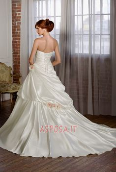 Abito da Sposa moda Corpo a mela collo Sweetheart Mezza Coperta - Pagina 2  Pleated Wedding e30e0da61a7