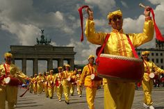 Falun Dafa parade, Berlin May 2007, Stop the persecution in Communist China Now! by longtrekhome, via Flickr