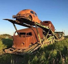 Volkswagen – One Stop Classic Car News & Tips Auto Volkswagen, Volkswagen Beetle, Volkswagen Group, Abandoned Cars, Abandoned Places, Vw Modelle, Combi Split, T6 California, Kdf Wagen