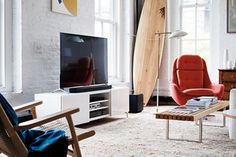 Raise the audio bar with a Bose SoundTouch 300 Soundbar System. Our slim, wireless soundbar is the stylish audio solution for home entertainment.