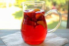 Raspberry Peach Iced Tea – Olga's Flavor Factory – Food recipes Fruity Drinks, Non Alcoholic Drinks, Bar Drinks, Yummy Drinks, Beverages, Drink Bar, Cocktails, Tea Recipes, Cooking Recipes