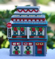 """COCA COLA Christmas Town Square Collection 1998 """"MOE'S CAFE"""" MIB Retired #CocaColaBrand"""