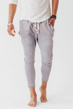 The Crow Collective Journey Pant is a laid back lounge pant with a drop crotch design. Ultra soft and luxurious, this Ash colored pant is perfect for those lazy days and long weekends. Fall Fashion Leggings, Fall Leggings, Cute Things For Girls, Buy Bra, Tie Shorts, Jogger Sweatpants, Colored Pants, Gym Style, Drop Crotch