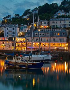 coiour-my-world: Cornish night (Looe Cornwall United Kingdom). Somerset England, Cornwall England, England And Scotland, Wonderful Places, Beautiful Places, Travel Around The World, Around The Worlds, Looe Cornwall, Beautiful World