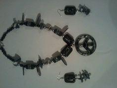 Necklace+earrings $ (15.00)