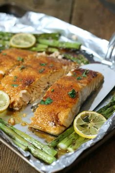 So Simple And Delicious, This Brown Sugar Glazed Salmon Is One Of The Easiest Baked Salmon Recipes You'll Ever Try. A Quick One Pan Meal For Any Night. Via Earthfoodandfire Healthy Salmon Recipes, Fish Recipes, Seafood Recipes, Healthy Dinner Recipes, Healthy Snacks, Cooking Recipes, Paleo Dinner, Healthy Dishes, Healthy Options