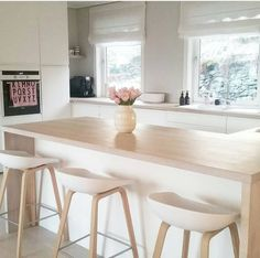 trendy home design modern kitchen woods Simple Kitchen Design, Interior Design Kitchen, Simple Interior, Small Modern Kitchens, Cool Kitchens, Kitchen Modern, Modern Bar, Home Decor Kitchen, New Kitchen
