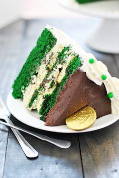 Green Velvet Cheesecake Cake | www.somethingswanky.com #stpatricksday #dessert #cake