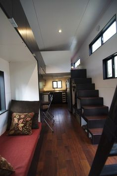 HOMe Tiny House On Wheels