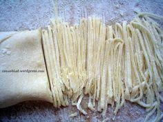 Makaron domowy - Nitki Polish Recipes, Polish Food, Homemade Pasta, Food Design, Preserves, Cooking Recipes, Dinner, Pierogi, Narnia