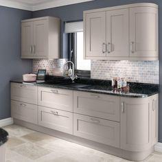 Why You Should Choose A Cashmere Kitchen Cashmere Colour Kitchen Studio Kitchen, Home Decor Kitchen, Kitchen Furniture, Kitchen Interior, New Kitchen, Kitchen Grey, Kitchen Ideas, 10x10 Kitchen, Kitchen Modern