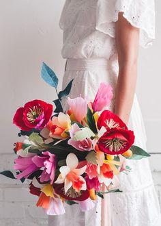 Cinco de Mayo Paper Wedding Bouquet - The House That Lars Built Paper Flowers Wedding, Crepe Paper Flowers, Flower Bouquet Wedding, Wedding Paper, Origami Wedding, Paper Plants, Paper Bouquet, Paper Flower Tutorial, Wedding Designs