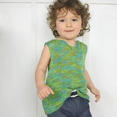 Toddler Knit Tank Top | This knit top pattern is perfect for your little one to wear on warm weather days.
