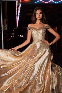 Gold Prom Dresses, Pretty Prom Dresses, Gala Dresses, Prom Dresses Online, Ball Gown Dresses, Dress Up, Elegant Dresses, Chambelanes, Golden Dress