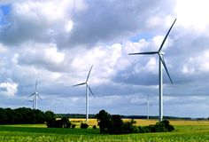 An evolutionary product, the 2.5 series includes the 2.3-94, 2.5-88, 2.5-100, 2.75-100 and 2.75-103 models, offering high efficiency and reliability for a broad range of wind conditions.