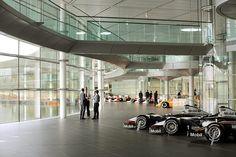 mclaren-technology centre-Foyer-005