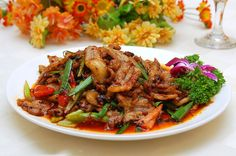 Stir-fried boiled pork slices in hot sauce