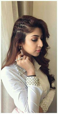 Front Hair Styles, Medium Hair Styles, Curly Hair Styles, Open Hairstyles, Bride Hairstyles, Hairstyle Ideas, Hairstyles For Lehenga, Beautiful Hairstyles, Everyday Hairstyles