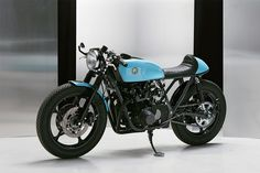 Suzuki GS 550 cafe racer by Eastern Spirit Garage.