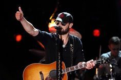 10 Jobs Country Stars Worked Before They Were Famous - Wide Open Country