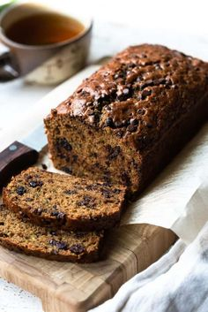 Zucchini Bread is a must when zucchini is in season! This easy, moist quick bread is full of good-for-you zucchini, dried cranberries, and chocolate chips!   zucchini bread // chocolate chip zucchini bread // chocolate zucchini bread   #easy #moist #best #recipes #kitchenconfidante #zucchini #quickbread