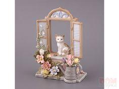 "Статуэтка ""Кошка"", 9x13 см., Porcelain, Китай  Статуэтка ""Кошка"" Статуэтка ""Кошка""Статуэтка ""Кошка"" Артикул:298-530 Материал:Фарфор Высота:13 см. Длина:9 см. Производитель:Porcelain Страна:Китай Количество: Цена:951 руб."