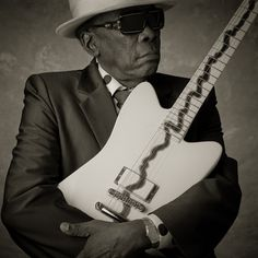 One of my favorites. He was the inspiration for the Blues Brothers look. Play That Funky Music, Kinds Of Music, My Music, Blues Artists, Music Artists, Mississippi Fred Mcdowell, William Christopher, John Lee Hooker, The Blues Brothers